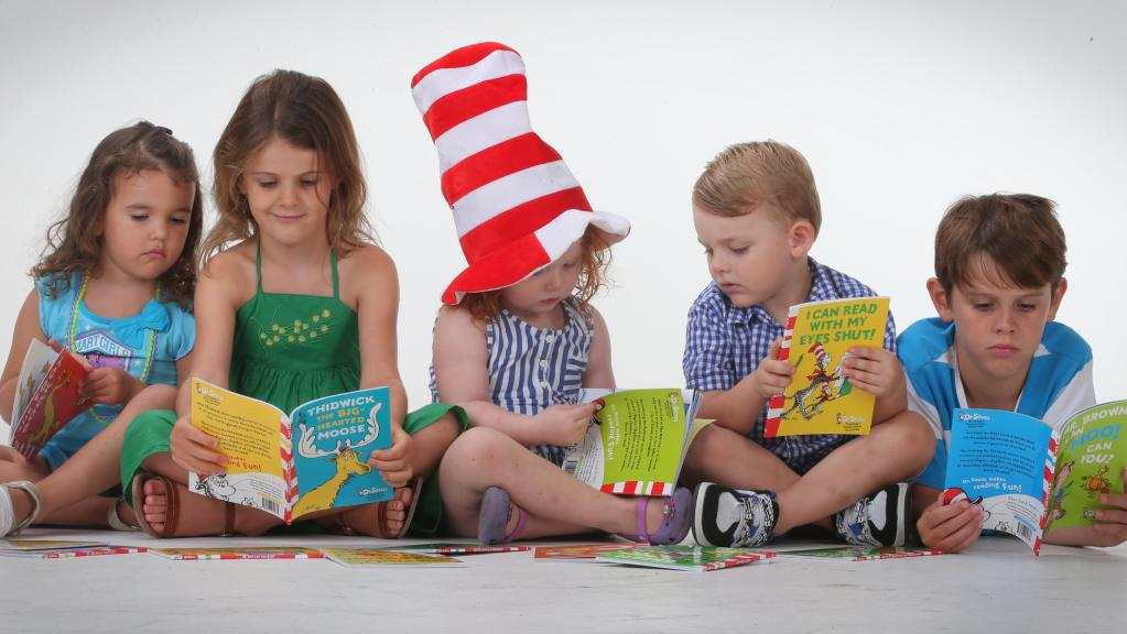 children reading dr seuss books