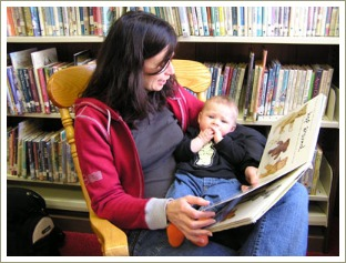 baby and mum at library