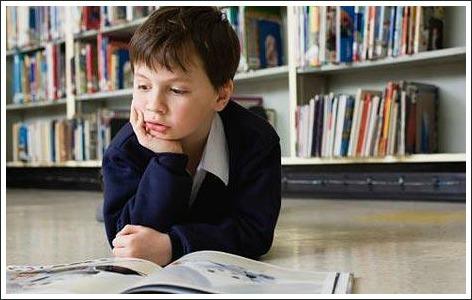 struggling readers, boy reading
