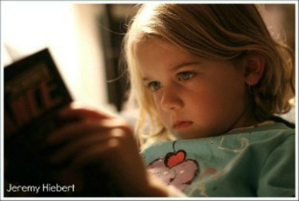 girl reading, importance of reading